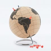 petit-globe-suck-uk-terrestre-en-liege