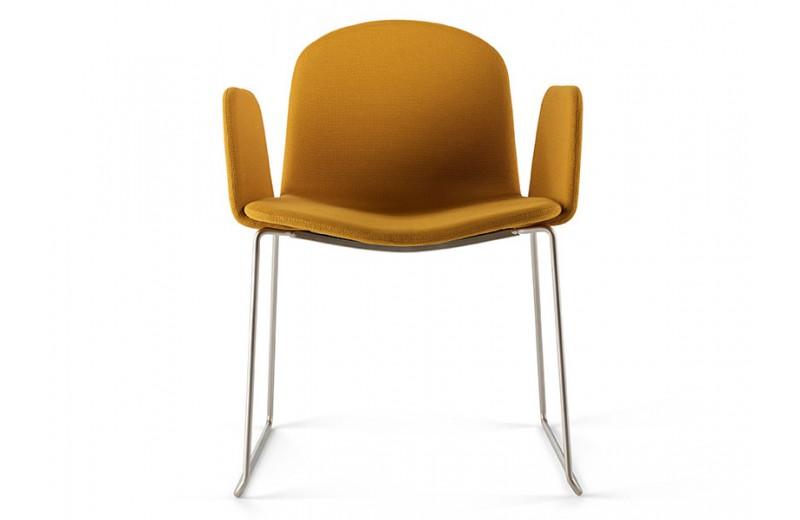 fauteuil-pieds-traineau-bob-xl-luge-design-nadia-arratibel-ondarreta-meuble-sodezign