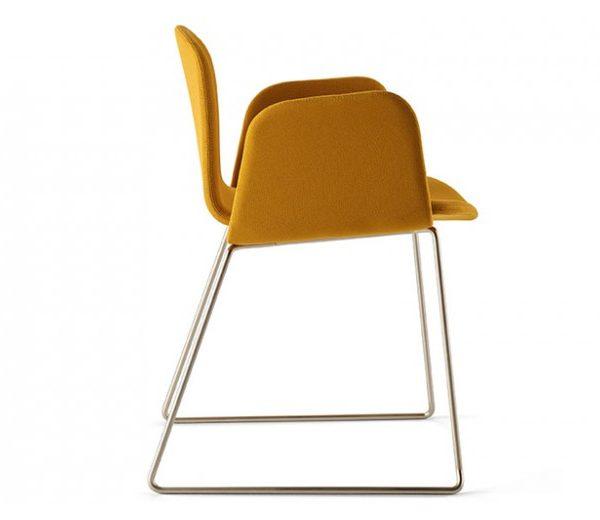 fauteuil-pieds-traineau-bob-xl-luge-design-nadia-arratibel-ondarreta-meubles-sodezign